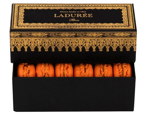 Post image for NYC: Ladurée's Halloween Macarons
