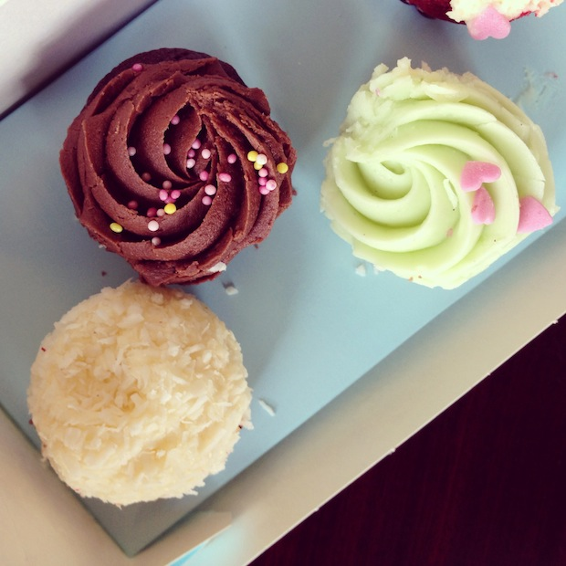 Post image for Lola's Cupcakes