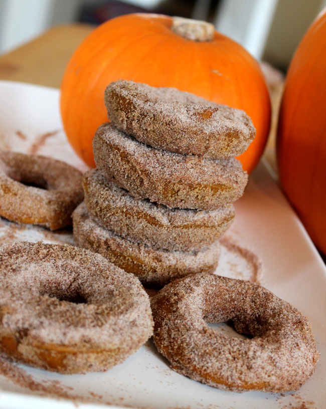 Post image for Pumpkin Cake Doughnuts